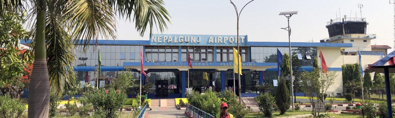 Fly mellem Pokhara og Nepalganj